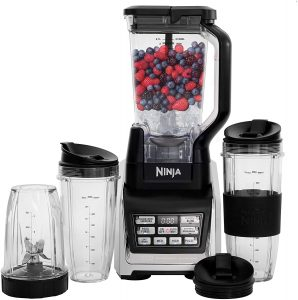 Under $200, you can buy the Nutri Ninja Personal and Countertop Blender! This is a professional juicer that comes with the power and performance of 1200 watts. It comes with the XL Pitcher that can easily transform your frozen ingredients into tasty cold drinks. The manufacturers added a unique feature for home cooks to try. It is the Auto-IQ technology that can let your juicer understand your preferences and does the work for you in a snap.